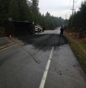 dump truck rollover SR3 141714