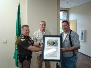 Sheriff presenting award to Ben Fraser