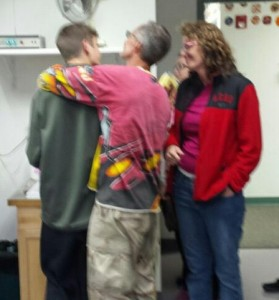 hiker reunited with family 091915