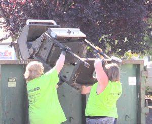 081916 dumping bbq